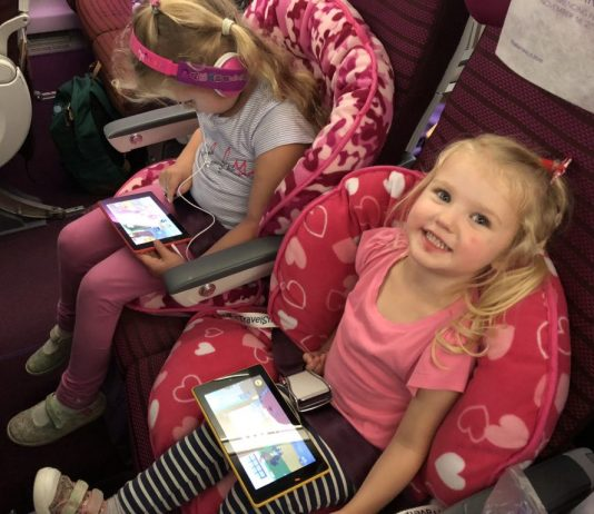 Stress-Reducing Expert Tips For Traveling With A Kid